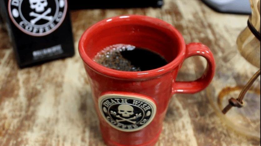 Café con altos niveles de cafeina