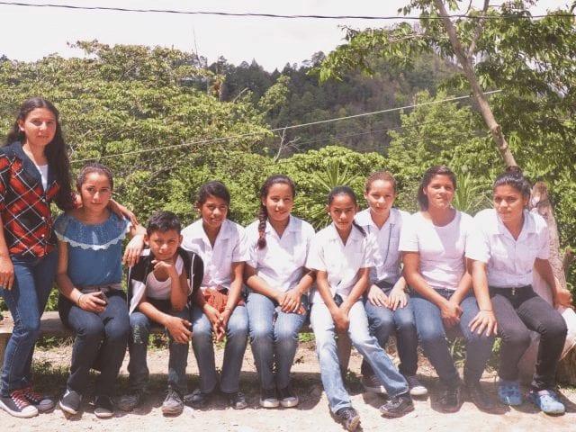 Jovenes de familas caficultoras