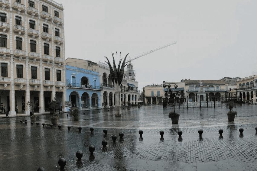 Plaza Vieja en Cuba