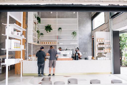 clientes piden cafes de origen