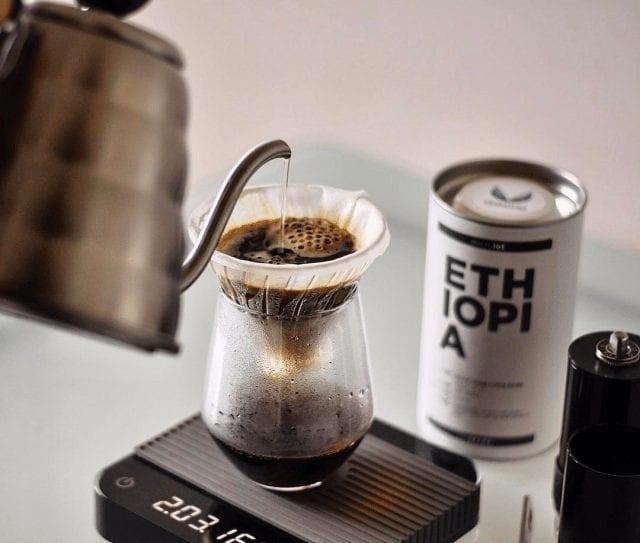 coando café na v60