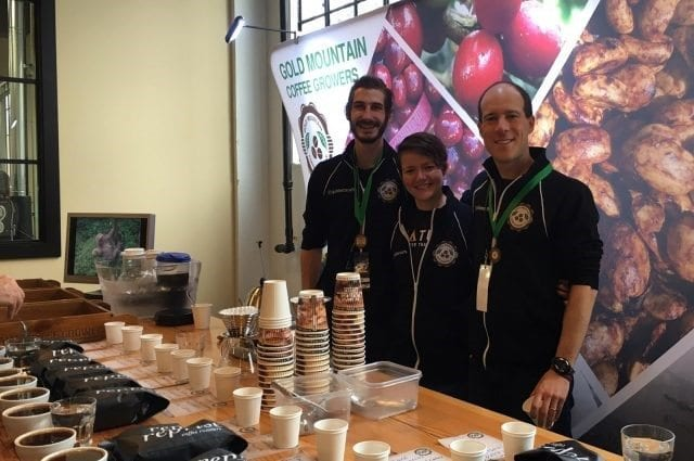 gold mountain coffees en la expo