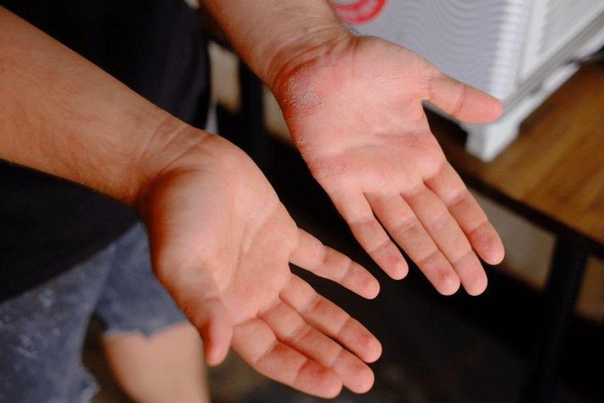 barista hands