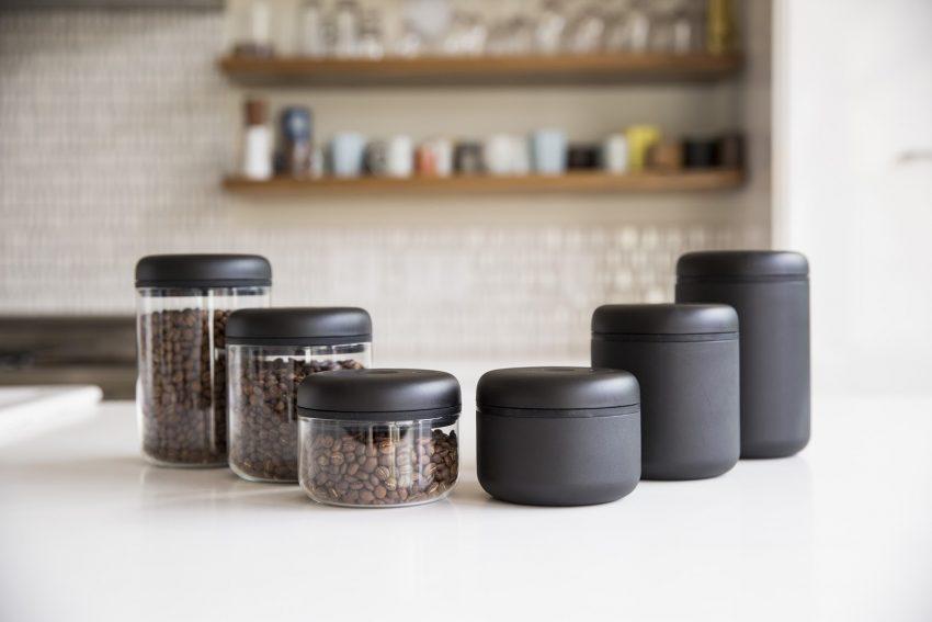 frascos de vidrio para el cafe en grano