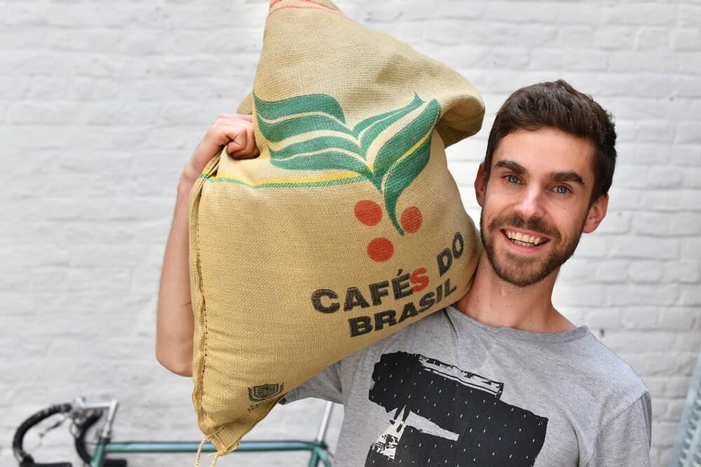 mestre de torras de café