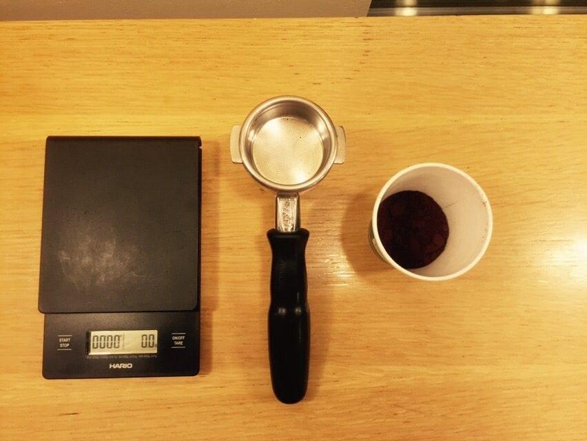 weighing espresso shots