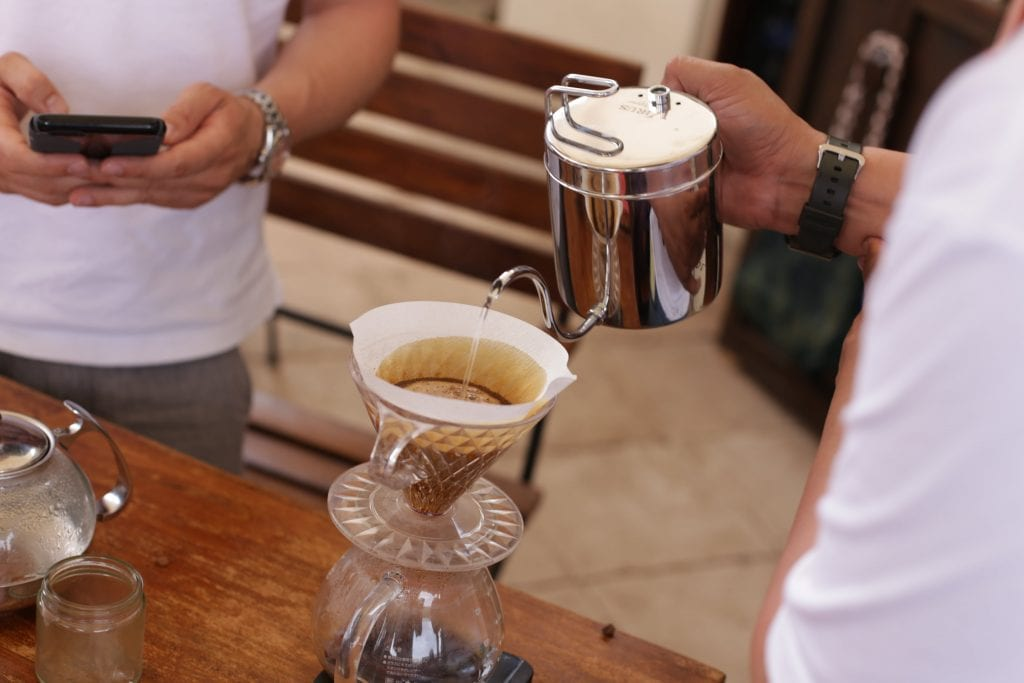 pouring hario plastic v60 pour over