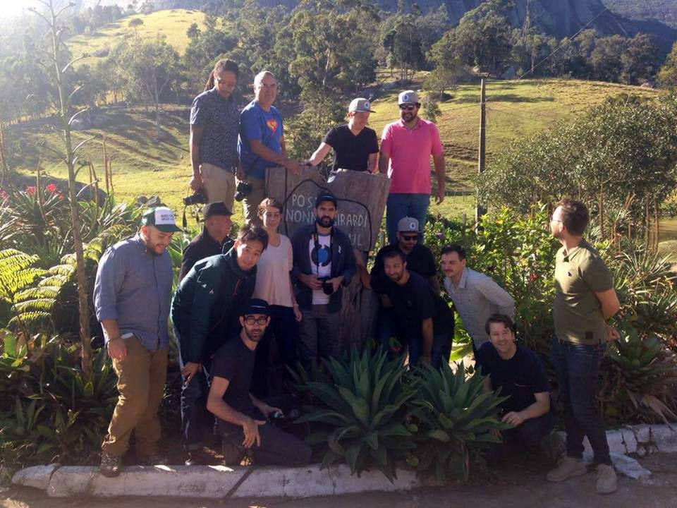 Tetsu Kasuya, the other coffee champions, and members of Ally Coffee in front of Pedra Azul