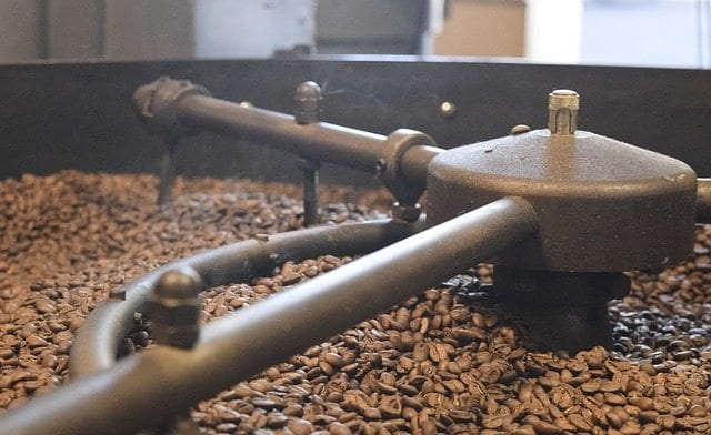 Coffee cooling in roaster bed