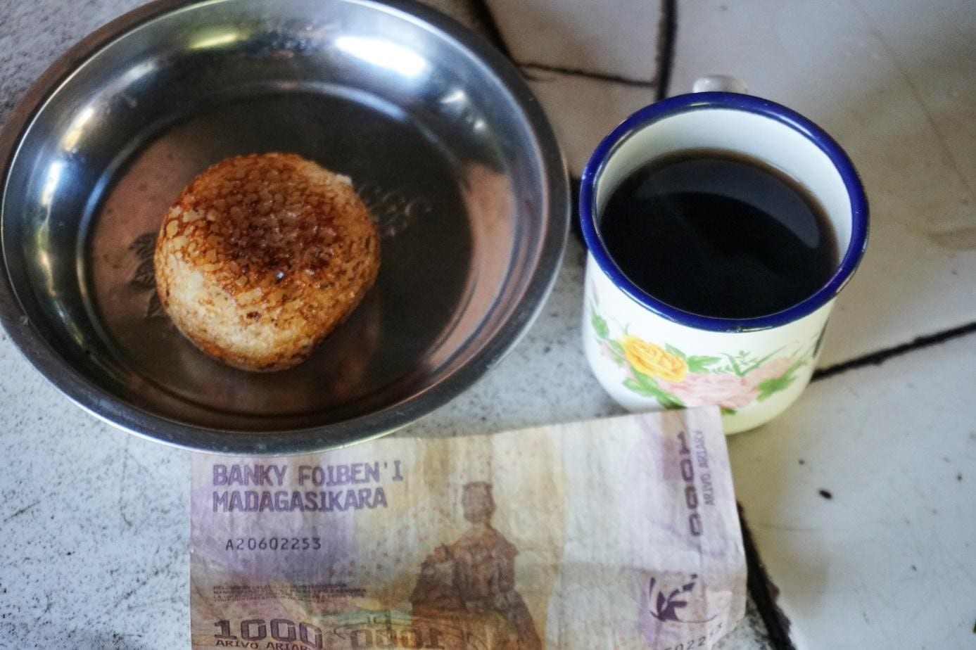 Coffee and rice cakes