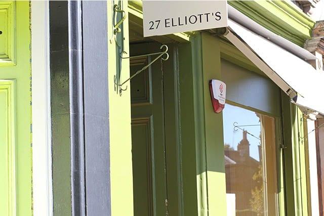 27 Elliots bright exterior
