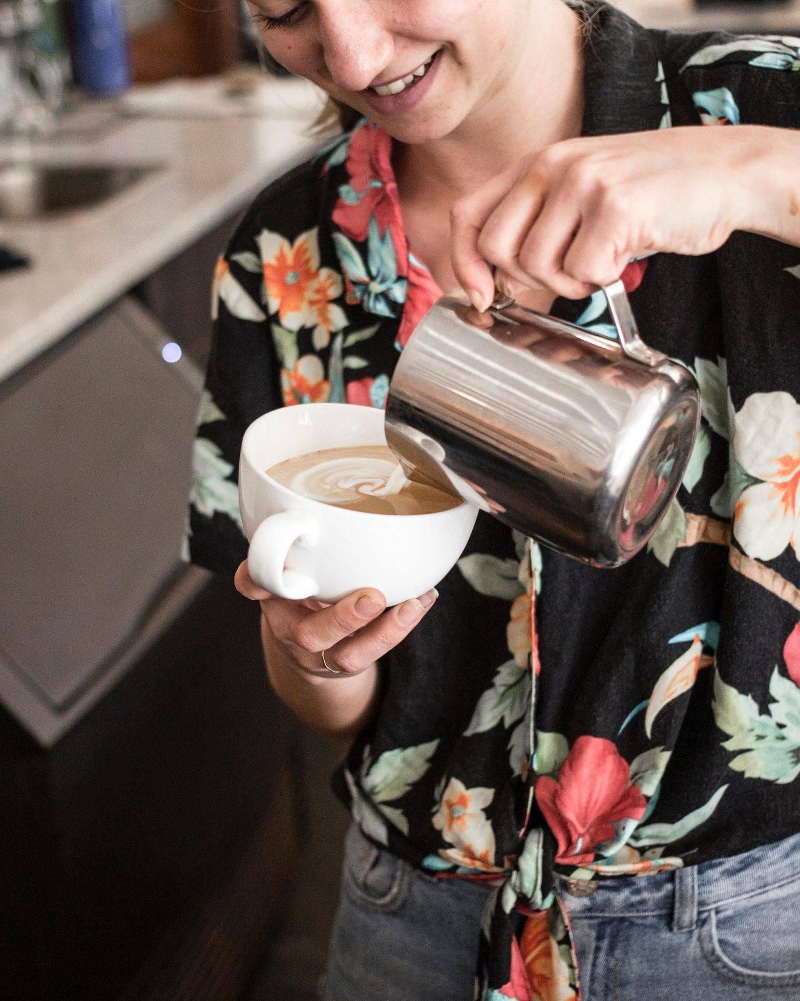 verter latte art