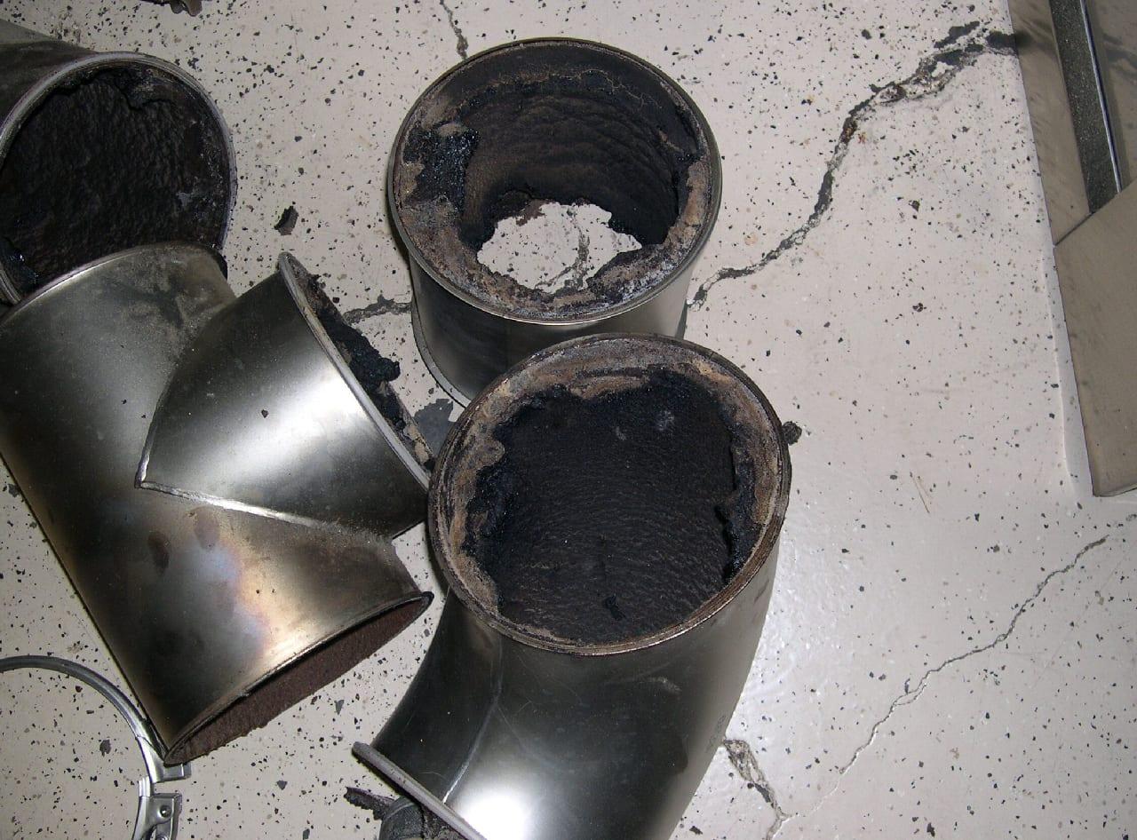 dutos de torrador desmontados