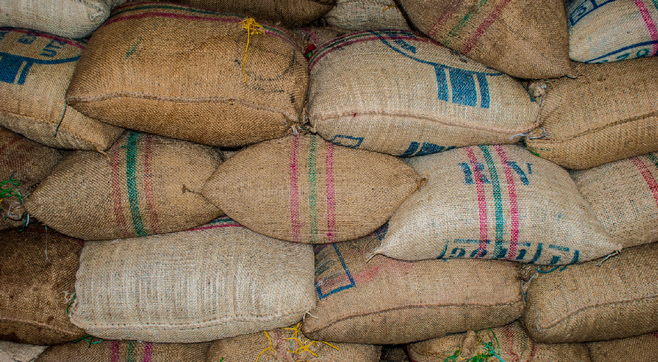 Jute green coffee beans depot