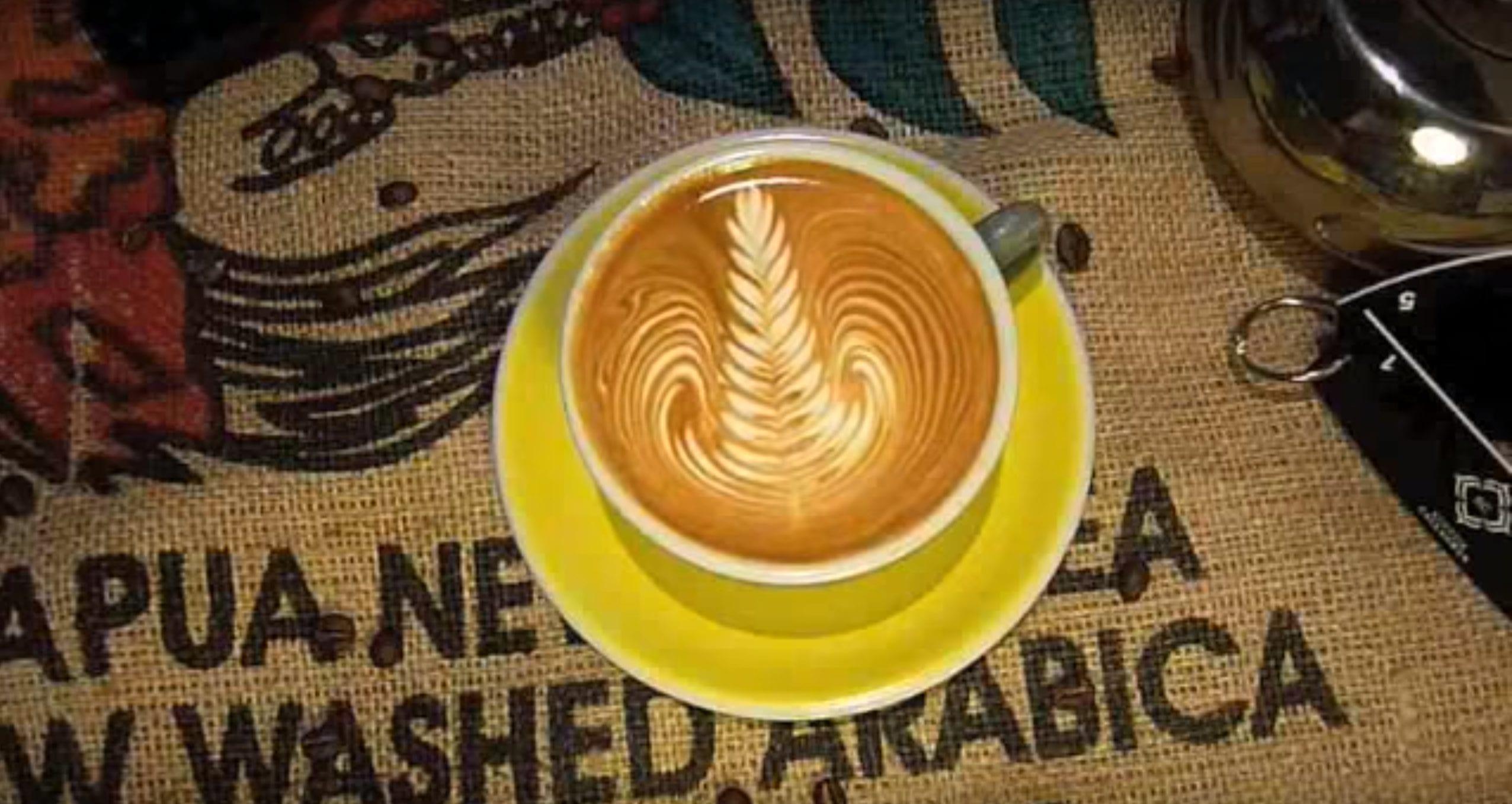 how to pour latte art rosetta