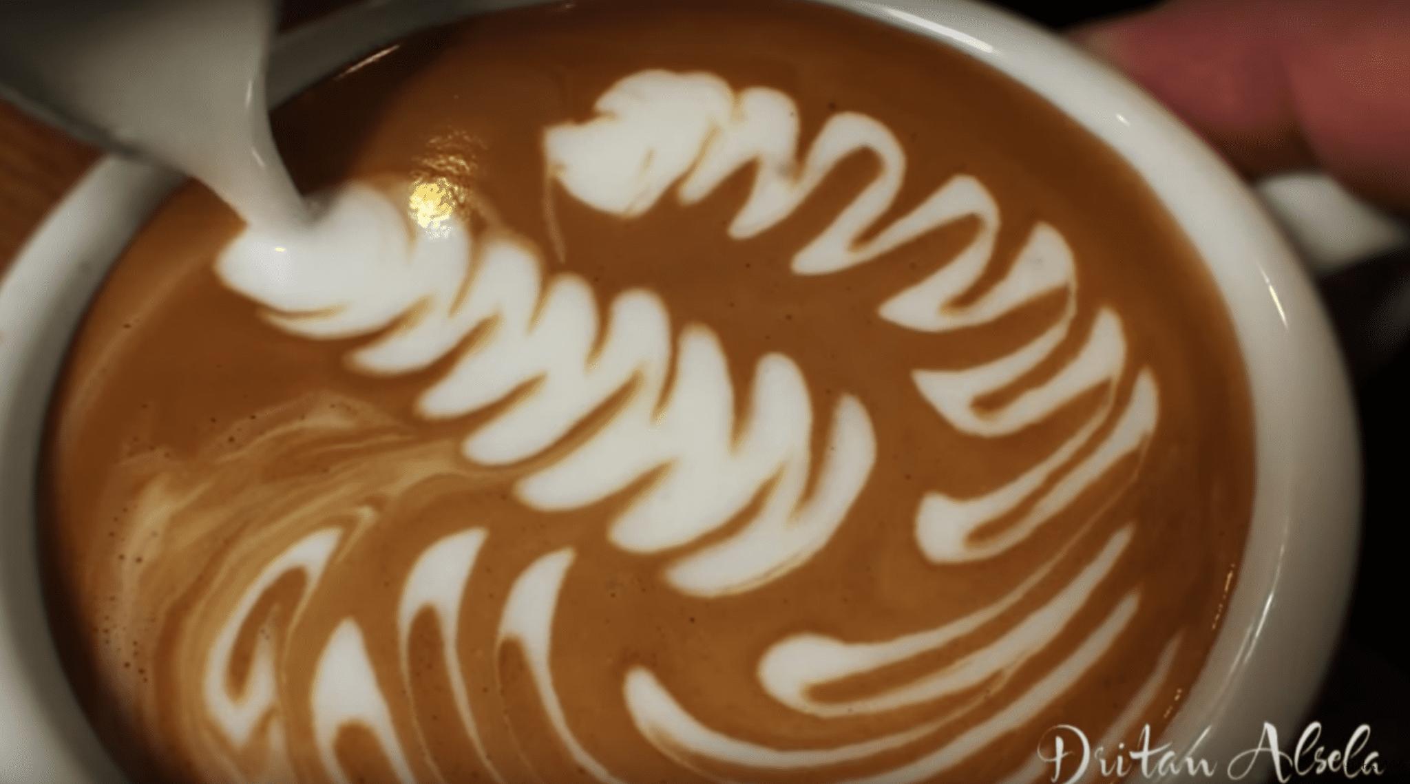 barista dritan latte art