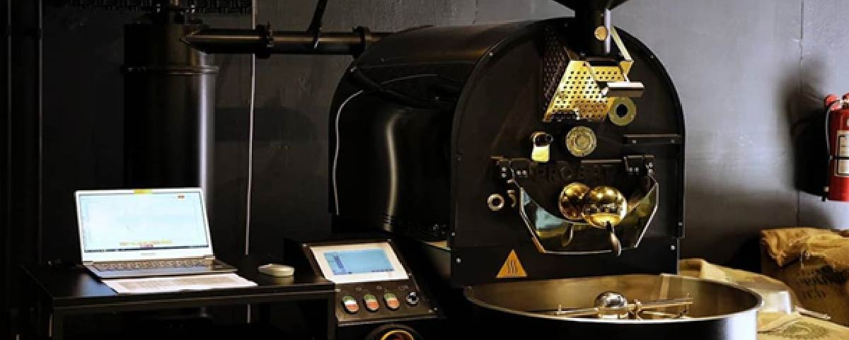 A balck roasting machine