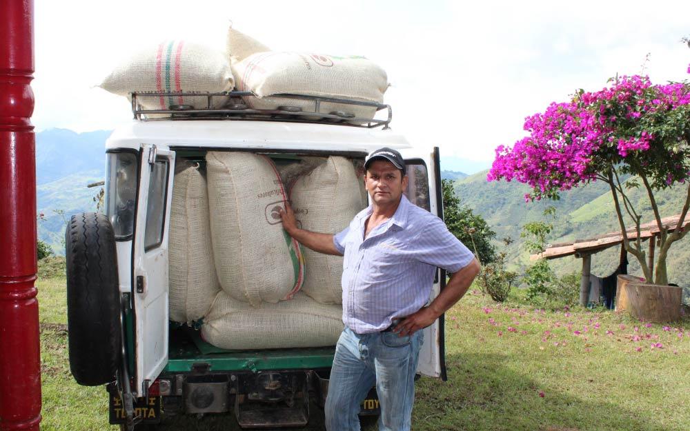 John Jairo Rojas of Finca El Camilo, Antioquia municipio de Amagá.