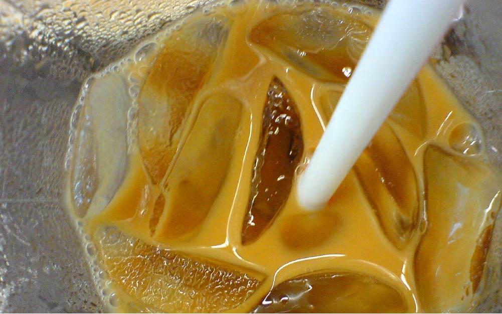 Mixing coffee & tea